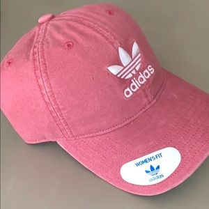 Adidas (Women's) Hat. NWT, Never Worn.